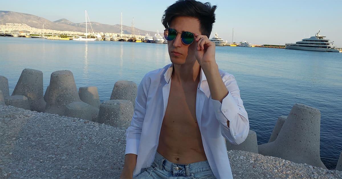 πράσινα γυαλιά ηλίου -πετρόλ γυαλιά ηλίου, ωραίος άντρας στην παραλία με γυαλιά ηλίου unisex με πράσινο φακό καθρέφτη πετρόλ black rose