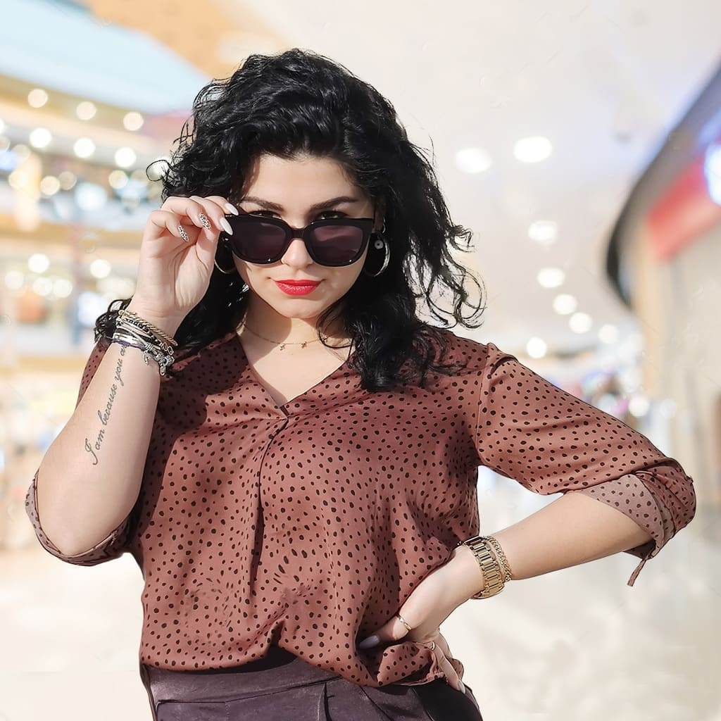 γυαλιά ηλίου oversized, μεγάλα γυαλιά ηλίου γυναικεία, ωραία γυναίκα με μεγάλα μαύρα γυαλιά ηλίου naughty black-blackrose sunglasses